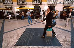 PORTUGAL LISBON MAY99 - Pedestrians on the Rua Augusta in the Baixa district.....jre/Photo by Jiri Rezac....© Jiri Rezac 1999....Tel:   +44 (0) 7050 110 417..Email: info@jirirezac.com..Web:   www.jirirezac.com