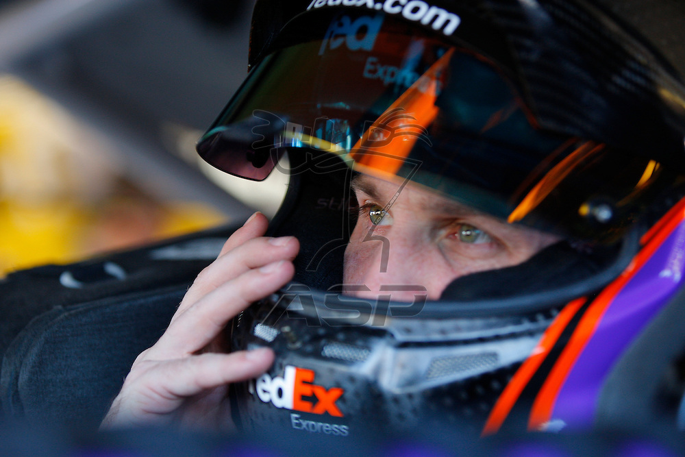 Avondale, AZ - Nov 14, 2015: Denny Hamlin (11) prepares to practice for the Quicken Loans Race for Heroes 500(k) at Phoenix International Raceway in Avondale, AZ.