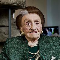 Micol Fontana, creatrice di moda festeggia 100 anni