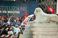 """""""Costituzione, la via maestra"""". Manifestazione in difesa della Costituzione italiana. Roma, 12 ottobre 2013. Marco Travaglio."""