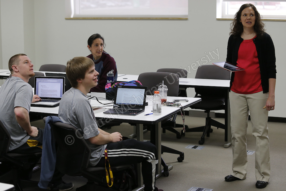 Sports Medicine Class taught by Emily Webster. Photo by Steve Jessmore/ Central Michigan University