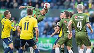 FODBOLD: Ulrik Yttergård Jenssen (FC Nordsjælland) header væk under kampen i Superligaen mellem Brøndby IF og FC Nordsjælland den 13. maj 2019 på Brøndby Stadion. Foto: Claus Birch.