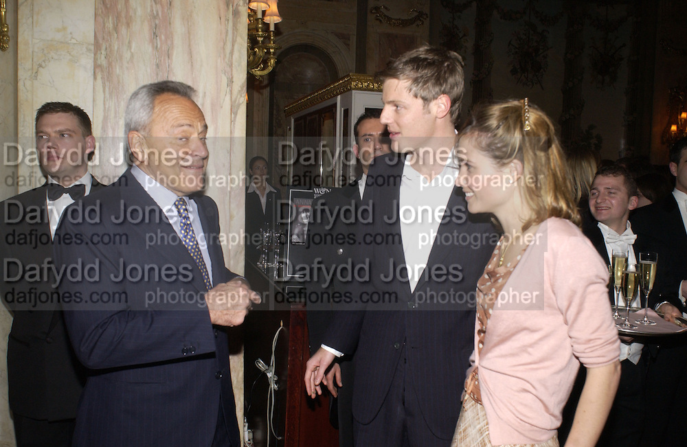 Taki theodocopulos, Zac Goldsmith and Mrs. Zac, ( Sheherazade)  Goldsmith. Annabel, An Unconventional Life. Memoirs of Lady Annable goildsmith. The Ritz. 10 March 2004. ONE TIME USE ONLY - DO NOT ARCHIVE  © Copyright Photograph by Dafydd Jones 66 Stockwell Park Rd. London SW9 0DA Tel 020 7733 0108 www.dafjones.com