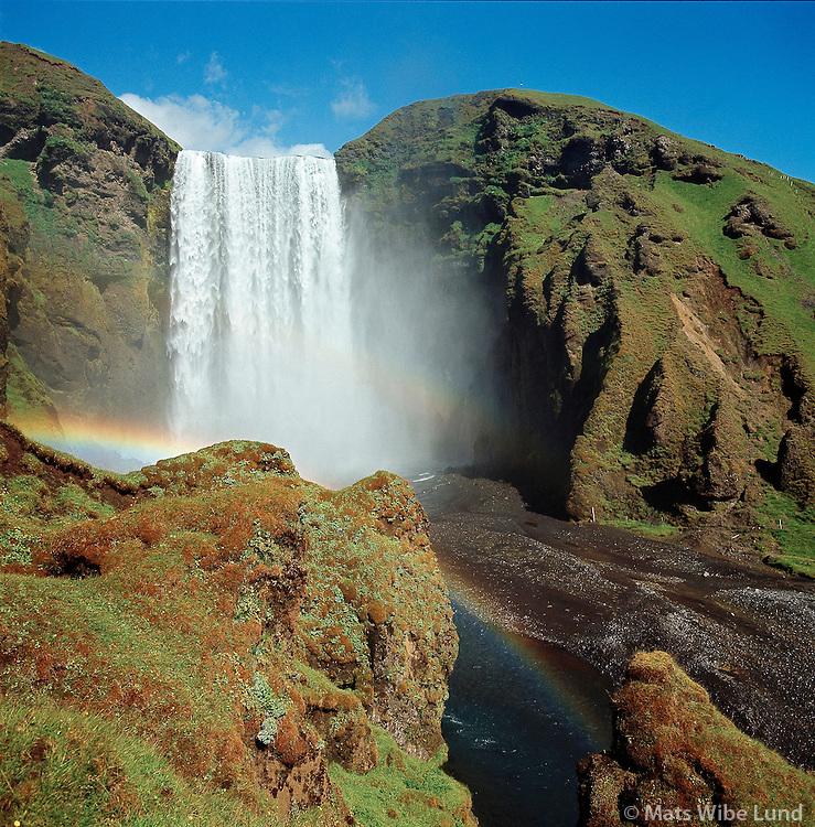 Skógafoss  Austur-Eyjafjallahreppur..Skogafoss waterfall  with rainbow