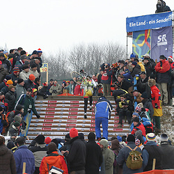 Hanka Kupfernagel op de trap in actie tijdens WK 2005 in Sankt Wendel