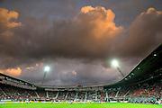 ALKMAAR - 27-08-15, Europa League,  2e voorronde,  AZ  - Astra GiurGiu, AFAS Stadion, donkere wolken boven het AZ stadion, overzicht.