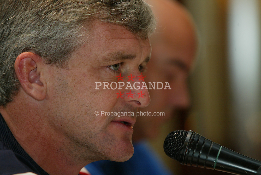 BELGRADE, SERBIA & MONTENEGRO - Tuesday, August 19, 2003: Wales' manager Mark Hughes at a press conference at the Hyatt Regency Hotel Belgrade ahead of his side's UEFA European Championship Group 9 qualifying match against Serbia & Montenegro. (Photo by David Rawcliffe/Propaganda)