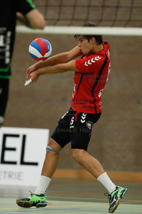 20161029 NED: Eredivisie, Vallei Volleybal Prins - Advisie SSS: Ede<br />Peter Ogink of Vallei Volleybal Prins <br />©2016-FotoHoogendoorn.nl / Pim Waslander