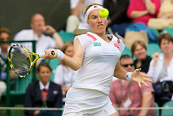 LONDON, ENGLAND - Friday, June 27, 2008: Svetlana Kuznetsova (RUS) during her third round match on day five of the Wimbledon Lawn Tennis Championships at the All England Lawn Tennis and Croquet Club. (Photo by David Rawcliffe/Propaganda)