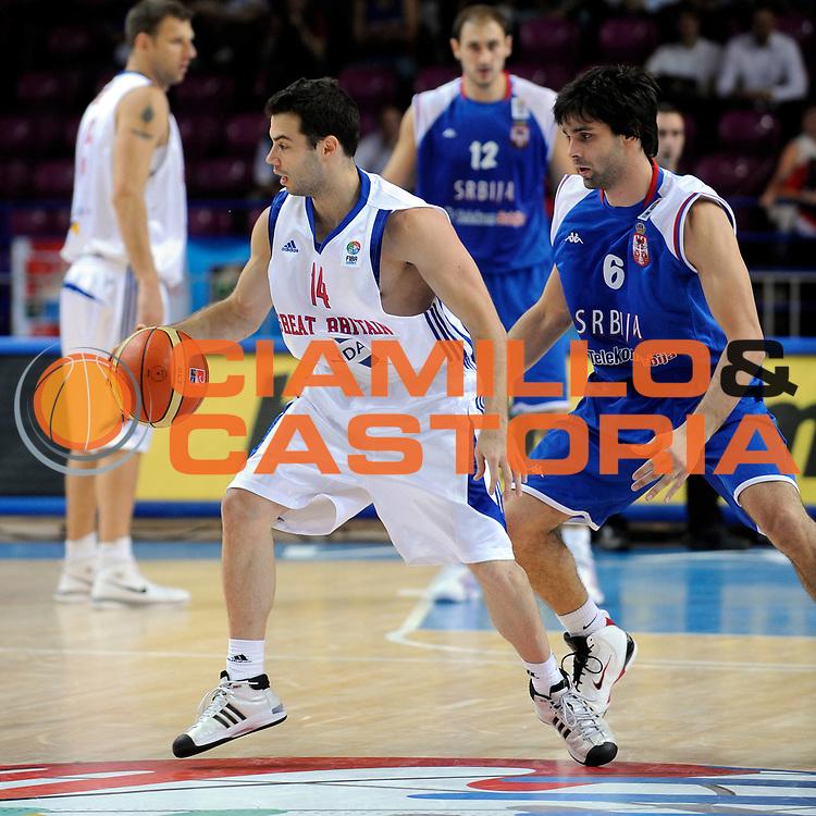 DESCRIZIONE : Warsaw Poland Polonia Eurobasket Men 2009 Preliminary Round Great Britain Gran Bretagna Serbia Serbia <br /> GIOCATORE : Flinder Boyd<br /> SQUADRA : Great Britain Gran Bretagna<br /> EVENTO : Eurobasket Men 2009<br /> GARA : Great Britain Gran Bretagna Serbia Serbia<br /> DATA : 09/09/2009 <br /> CATEGORIA : Drible - Palleggio<br /> SPORT : Pallacanestro <br /> AUTORE : Agenzia Ciamillo-Castoria/N.Parausic<br /> Galleria : Eurobasket Men 2009 <br /> Fotonotizia : Warsaw Poland Polonia Eurobasket Men 2009 Preliminary Round Great Britain Gran Bretagna Serbia Serbia<br /> Predefinita :