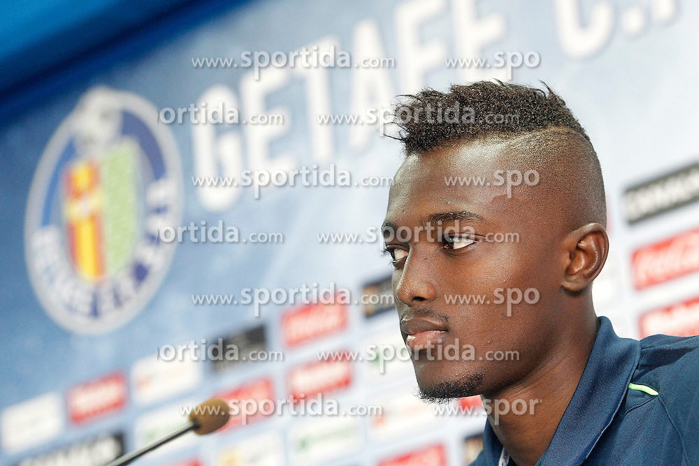 05.08.2015, Coliseum Alfonso Perez, Getafe, ESP, Primera Division, FC Getafe, Spielerpräsentation, im Bild Getafe's new player Bernard Mensah // during Official Player Presentation of Spanish Primera Division club Getafe cf at the Coliseum Alfonso Perez in Getafe, Spain on 2015/08/05. EXPA Pictures © 2015, PhotoCredit: EXPA/ Alterphotos/ Acero<br /> <br /> *****ATTENTION - OUT of ESP, SUI*****