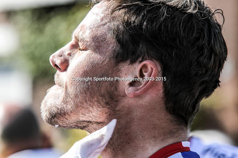 02-05-2015: Wielrennen: Ronde van Overijssel mannen: Rijssen  <br />RIJSSEN (NED) wielrennen:  De 63e ronde van Overijssel heeft als zwaarte punt de heuveltjes rond Ootmarsum en de Sallandse heuvelrug. Net als in de ronde van Vlaanderen kent men in Overijssel het dorp van de ronde. In 2015 is de eer aan Markelo.<br />Jeff Vermeulen na de wedstrijd