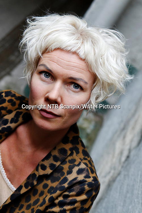 Oslo  20110824.<br /> Forfatter Hanne &yuml;rstavik fotografert under en pressekonferanse i forbindelse med h&macr;stslippet til Oktober forlag onsdag.<br /> Foto: Erlend Aas / NTB Scanpix<br /> Norwegian author Hanne &yuml;rstavik photographed during a press conference. <br /> Photo: Erlend Aas / NTB Scanpix<br /> <br /> NTB Scanpix/Writer Pictures<br /> <br /> WORLD RIGHTS, DIRECT SALES ONLY, NO AGENCY