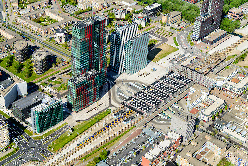 Nederland, Flevoland, Almere, 07-05-2015;  Stadshart Amere, met <br /> <br /> City entre of the new town Almere.<br /> luchtfoto (toeslag op standard tarieven);<br /> aerial photo (additional fee required);<br /> copyright foto/photo Siebe Swart