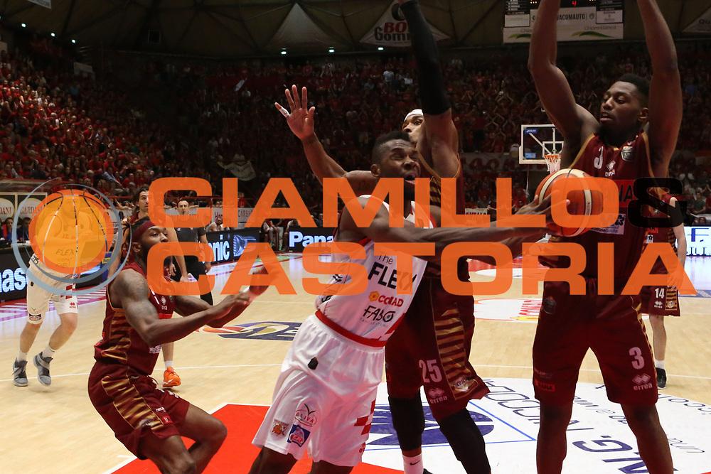 Eric Lombardi<br /> The Flexx Pistoia Umana Reyer Venezia<br /> Lega Basket Serie A 2016/2017<br /> Playoff Quarti di finale Gara 4<br /> Pistoia 19/05/2017<br /> Foto Ciamillo-Castoria