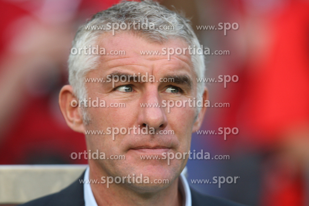 FootballL: Europa League, Qualification, Hannover 96 - St. Patricks Athletic, Hannover, 09.08.2012..coach Mirko Slomka (Hannover)..©pixathlon