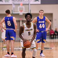 1st year guard Nigel Warden (9) of the Regina Cougars during the Men's Basketball home game on November 24 at Centre for Kinesiology, Health and Sport. Credit: Arthur Ward/Arthur Images