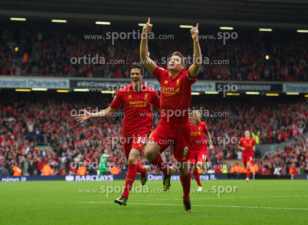 23.09.2012, Anfield, Liverpool, ENG, Premier League, FC Liverpool vs Manchester United, 5. Runde, im Bild Liverpool's captain Steven Gerrard celebrates scoring the first goal against Manchester United during the English Premier League 5th round match between Liverpool FC and Manchester United at Anfield, Liverpool, Great Britain on 2012/09/23. EXPA Pictures © 2012, PhotoCredit: EXPA/ Propagandaphoto/ David Rawcliff..***** ATTENTION - OUT OF ENG, GBR, UK *****