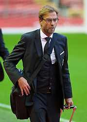 LIVERPOOL, ENGLAND - Sunday, November 8, 2015: Liverpool's manager Jürgen Klopp arrives at Anfield ahead of the Premier League match against Crystal Palace. (Pic by David Rawcliffe/Propaganda)
