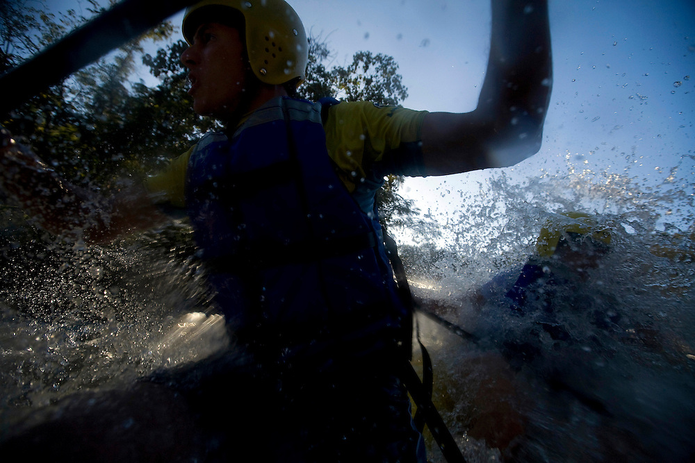 Extrema_MG, Brasil...Rafting no Rio Paraguacu...Rafting in the Paraguacu river...Foto: BRUNO MAGALHAES /  NITRO.