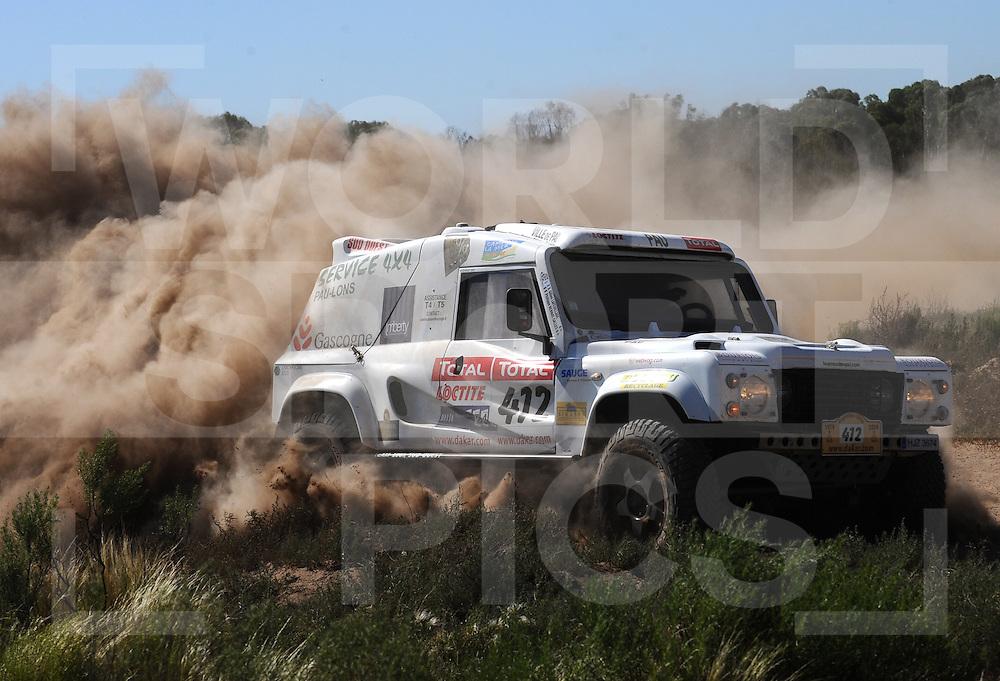 090104  Dakar rally Argentina - Chili..Dakar rally 2009..Santa Rosa - Puerto Madryn..412  ...BERNAT-SALLES Philippe (FRA)..LAFEUILLADE Gilles (FRA)..fotografie frank uijlenbroek©2008frank uijlenbroek....