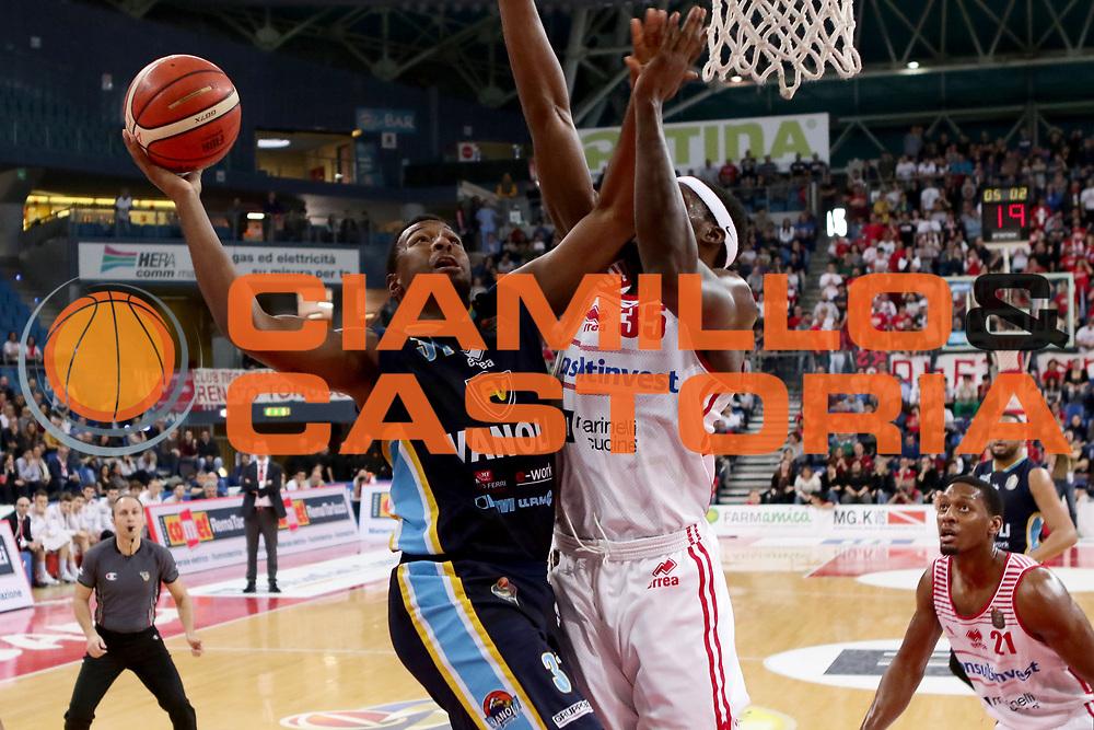 Elston Turner<br /> Consultinvest VL Pesaro - Vanoli Cremona<br /> Lega BasketSerie A 2016/2017<br /> Pesaro 02-04-2017