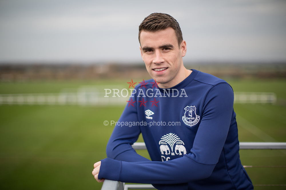 LIVERPOOL, ENGLAND - Thursday, December 3, 2015: Everton's Republic of Ireland defender  Seamus Coleman pictured at the club's Finch Farm Training Ground. (Pic by David Rawcliffe/Propaganda)