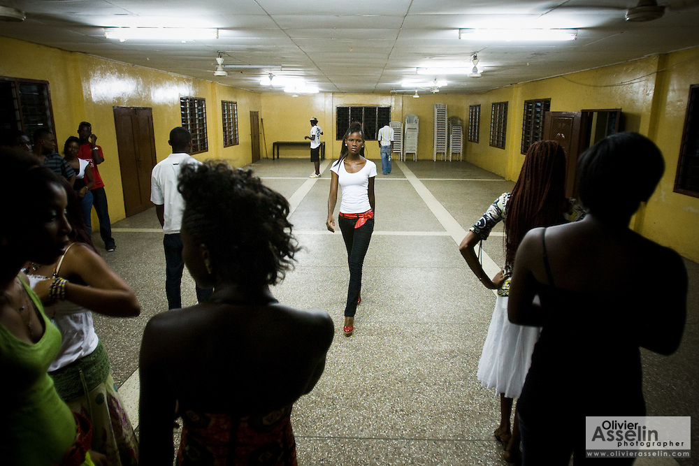Nana Yaa Adadewa Addo, 24, practices her catwalk during a rehearsal in Ghana's capital Accra on Thursday May 21, 2009. Nana Yaa is one of several Ghanaian girls who auditioned for the upcoming television show West Africa's Next Top Model, the latest incarnation of Tyra Banks' America's Next Top Model.