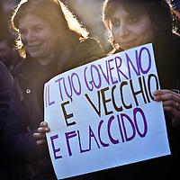 Arcore - Contro Berlusconi - 6.2.2011