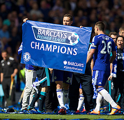 LONDON, ENGLAND - Sunday, May 3, 2015: Chelsea's Nemanja Matic celebrates winning the Premier League title after a 1-0 victory over Crystal Palace at Stamford Bridge. (Pic by David Rawcliffe/Propaganda)
