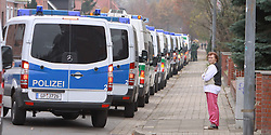 08.11.2010, Castortransport 2010, Dannenberg, GER, Polizeikonvoi im Dannenberger Wohngebiet in der Naehe des Verladebahnhofs, EXPA Pictures © 2010, PhotoCredit: EXPA/ nph/  Kohring+++++ ATTENTION - OUT OF GER +++++