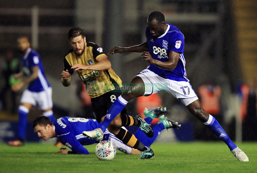 Birmingham City's Cheikh N'Doye (right) and Sheffield Wednesday's Jacob Butterfield battle for the ball