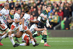 Rory Hutchinson of Northampton Saints goes on the attack - Mandatory byline: Patrick Khachfe/JMP - 07966 386802 - 12/01/2020 - RUGBY UNION - Franklin's Gardens - Northampton, England - Northampton Saints v Benetton Rugby - Heineken Champions Cup