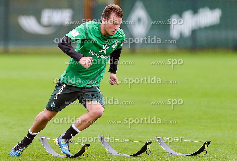 16.08.2011, Trainingsgelaende, Bremen, GER, 1.FBL, Training Werder Bremen, im Bild Philipp Bargfrede (Bremen #44)..// during training session from Werder Bremen on 2011/08/16, Trainingsgelaende, Bremen, Germany..EXPA Pictures © 2011, PhotoCredit: EXPA/ nph/  Frisch       ****** out of GER / CRO  / BEL ******