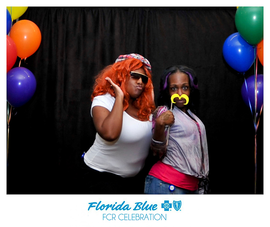 Florida Blue Photo Booth Jacksonville Florida Unique and Artistic Open Air Photo Booths in Jacksonville and Northern Florida. Custom Options Available.
