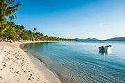 White sand beach, Oarsman Bay, Yasawas, Fiji, South Pacific