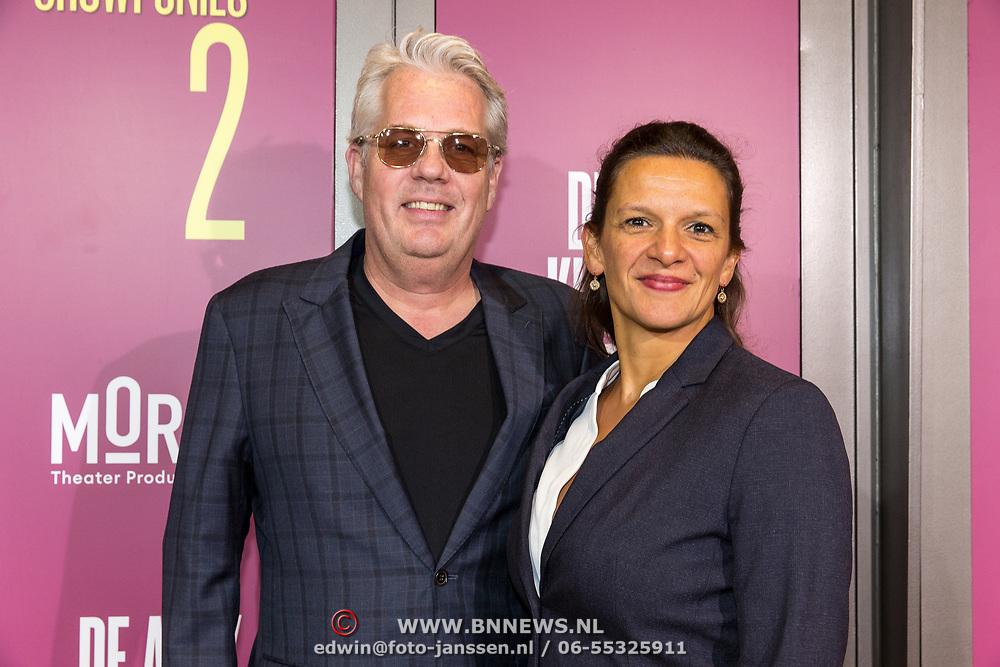 NLD/Amsterdam/20191007 - Premiere van De Alex Klaasen Revue - Showponies 2, Thomas Acda en partner  Esmé