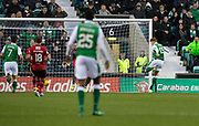 4th November 2017, Easter Road, Edinburgh, Scotland; Scottish Premiership football, Hibernian versus Dundee; Hibernian's Simon Murray scores for 2-1