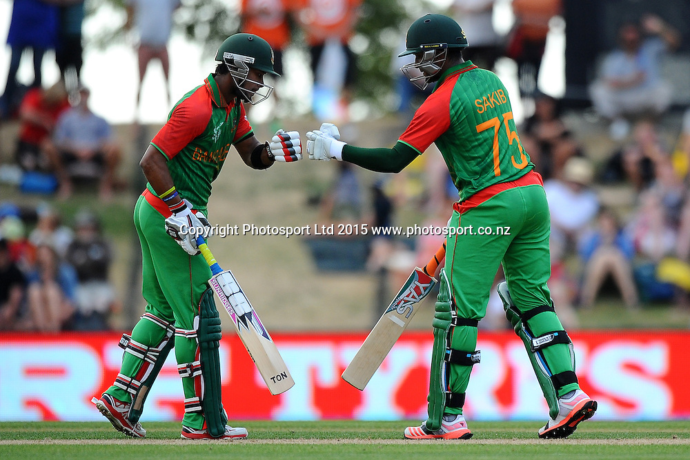 Bangladesh players R-L Shakib Al Hasan and Sabbir Rahman during the 2015 ICC Cricket World Cup match between Bangladesh v Scotland. Saxton Oval, Nelson, New Zealand. Thursday 5 March 2015. Copyright Photo: Chris Symes / www.photosport.co.nz