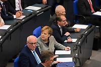 DEU, Deutschland, Germany, Berlin, 24.10.2017: Bundeskanzlerin Dr. Angela Merkel (CDU) und Volker Kauder (CDU) bei der konstituierenden Sitzung des 19. Deutschen Bundestags mit Wahl des Bundestagspräsidenten.