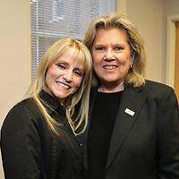 Lindsay Walden, Susan Kidder