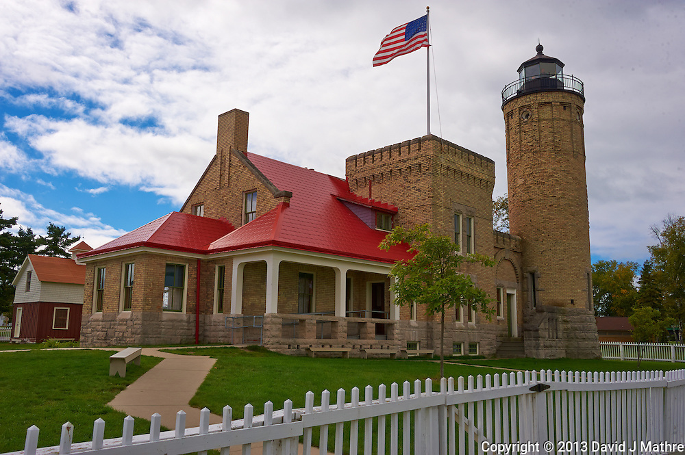 Old Mackinac Point Lighthouse in Michigan. Image taken with a Nikon D3 camera and 28-300 mm VR lens (ISO 200, 32 mm, f/11, 1/500 sec).