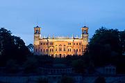 Elbe, Schloss Albrechtsberg bei Daemmerung, Dresden, Sachsen, Deutschland. .Dresden, Germany, river Elbe, Castle Albrechtsberg at dusk