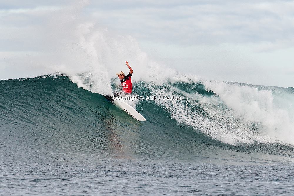John John Florence of Oahu, Hawaii (pictured), advanced into Round 3 of the Ripcurl Pro Bells Beach, defeating Tiago Pires (PRT) with a heat total of 14.80 points (out of a possible 20.00) in Round 2 at Bells Beach today.