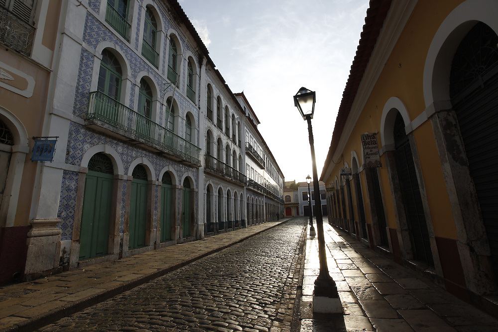 Sao Luis_MA, Brasil.<br /> <br /> Casario Historico na Rua Portugal, que fazem parte do Projeto Reviver que restaurou parte do patrimonio da cidade de Sao Luis do Maranhao.<br /> <br /> History houses in Portugal Street, part of the Reviver Project which restored part of the heritage of the city in Sao Luis do Maranhao.<br /> <br /> Foto: LEO DRUMOND / NITRO
