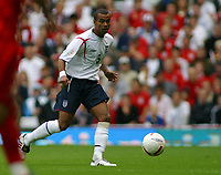 Photo: Paul Thomas.<br /> England v Andorra. European Championships 2008 Qualifying. 02/09/2006.<br /> <br /> Ashley Cole of England.