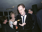 Jane Fonda  and Quentin Tarantino. Miramax post Oscar party. Beverley Hills Hotel. 26 March 2000. © Copyright Photograph by Dafydd Jones 66 Stockwell Park Rd. London SW9 0DA Tel 020 7733 0108 www.dafjones.com