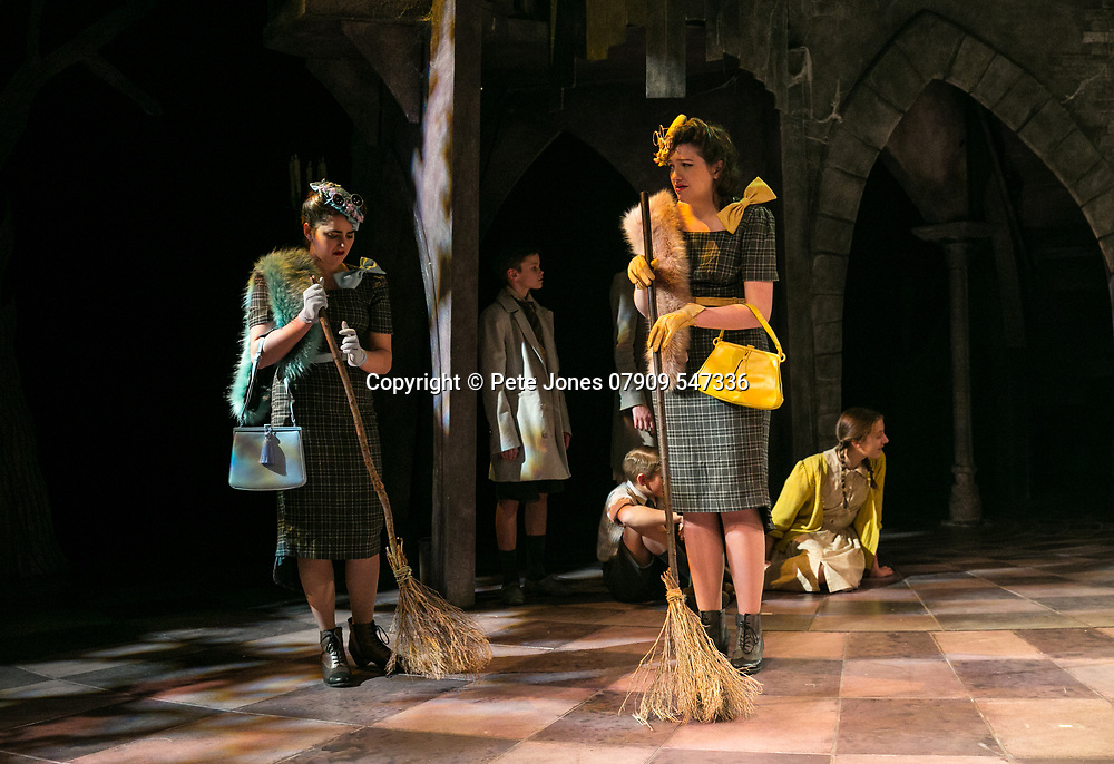 Beauty &amp; The Beast;<br /> Chichester Festival Theatre;<br /> Chichester, West Sussex;<br /> 15th December 2017.<br /> <br /> &copy; Pete Jones<br /> pete@pjproductions.co.uk