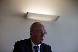 © Licensed to London News Pictures . 29/05/2015 . Leigh , UK . SIR RICHARD LEESE announces Tony Lloyd as interim Mayor of Greater Manchester in what is the UK's first devolved Mayorilty with such power , outside of London . Photo credit : Joel Goodman/LNP