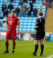 Photo: Ed Godden/Sportsbeat Images.<br />Coventry City v Cardiff City. Coca Cola Championship. 10/02/2007. Cardiff City's Glenn Loovens is shown the yellow card.